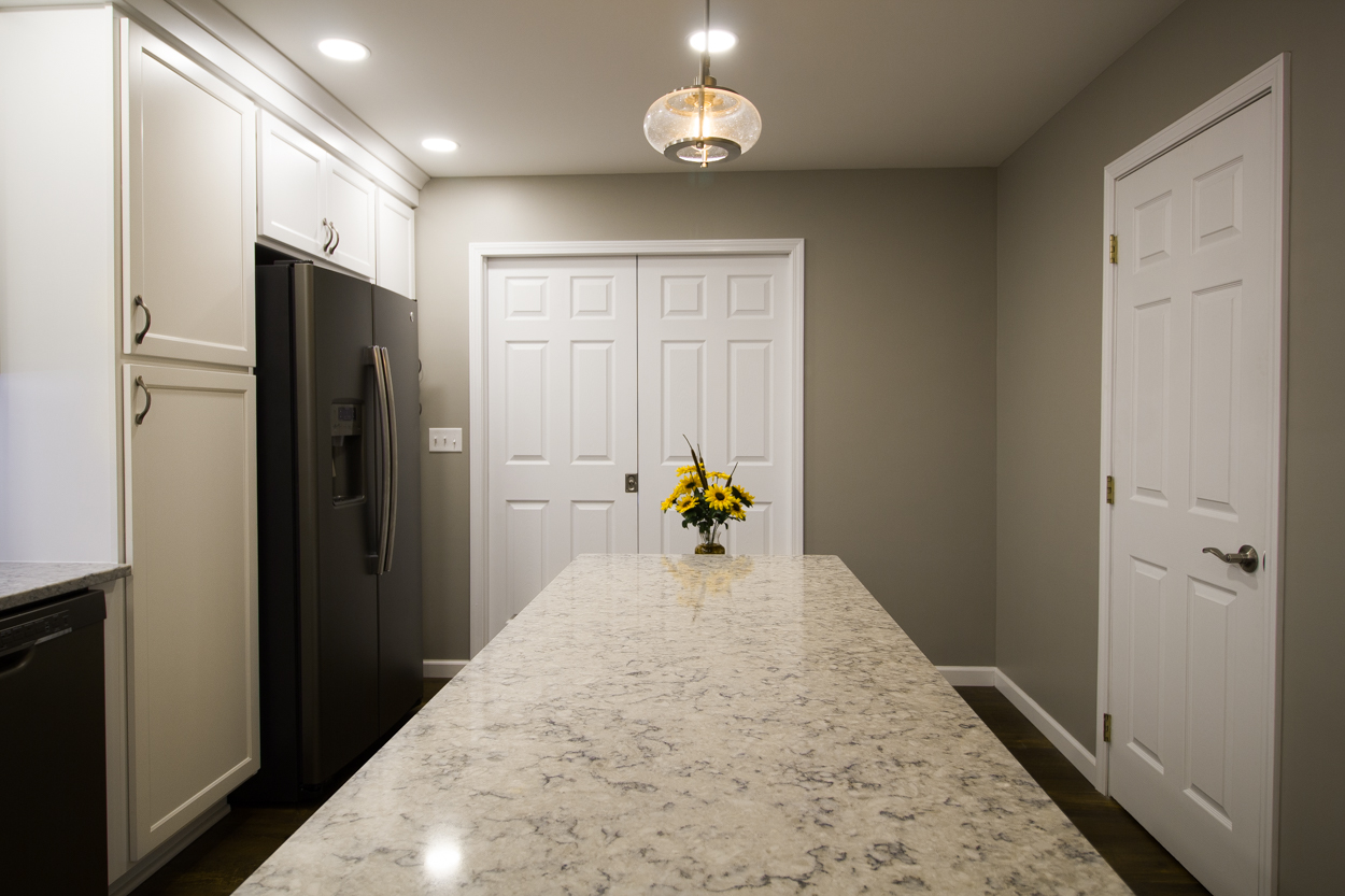 White_Kitchen_Island-51