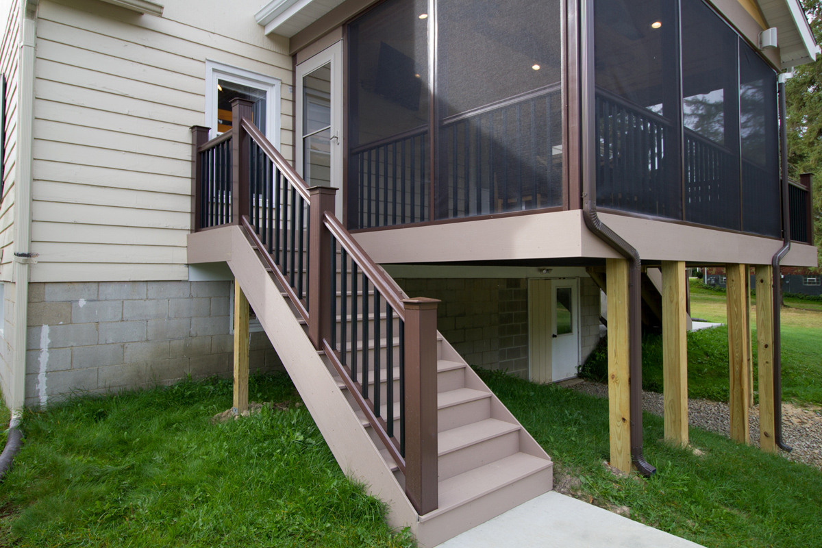 Decks Zehr Building Llc