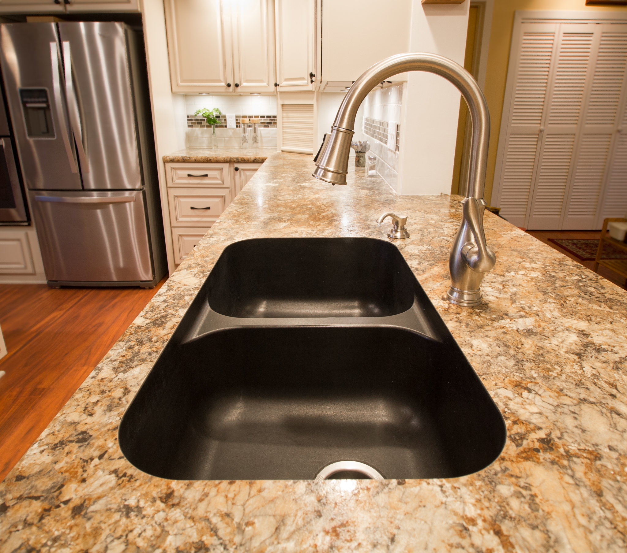Karran-Undermount-Sink-1